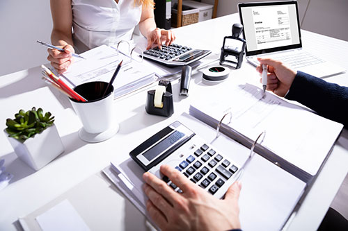 accountant with client
